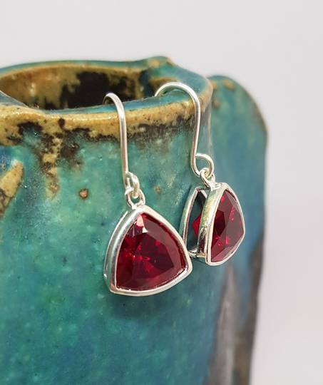 Sparkling red, triangular synthetic ruby earrings
