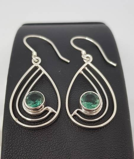 Green quartz open teardrop silver earrings