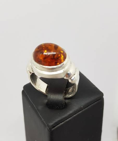 Silver amber ring , made in New Zealand