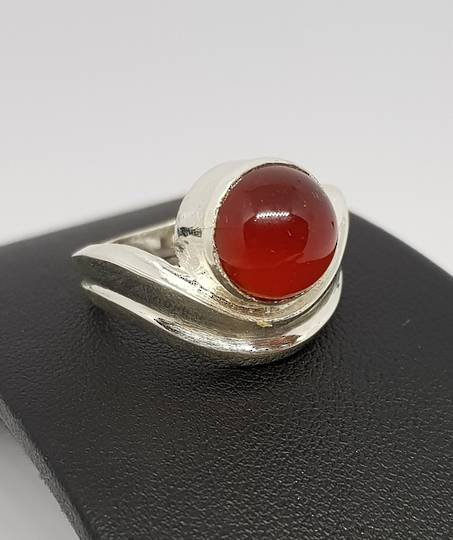 Sterling silver carnelian gemstone ring
