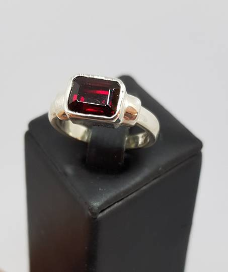 Silver ring with rectangle garnet gemstone - made in NZ