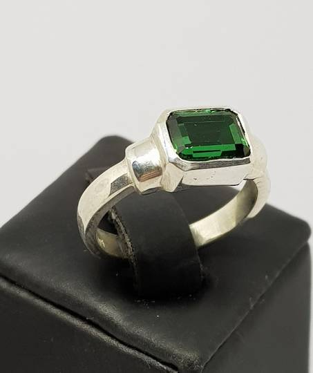 Sterling silver green quartz ring, made in NZ