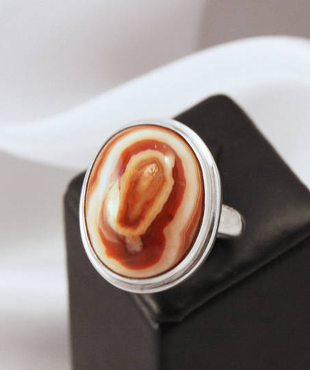 Large NZ agate sterling silver ring