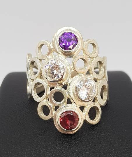 Sterling silver ring with gemtones
