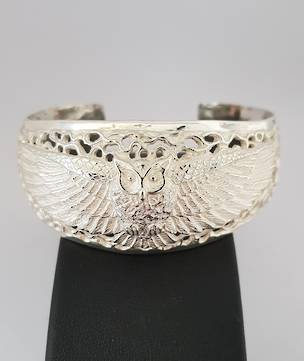 Silver filigree owl bangle