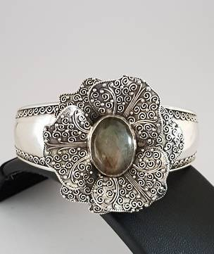 Silver cuff bangle, with large filigree flower and labradorite gemstone