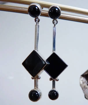 Long drop black onyx silver earrings