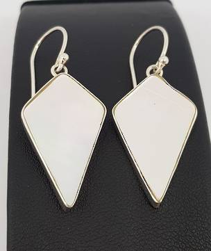 Mother of pearl kite shape earrings