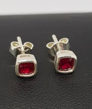 Sparkling red, synthetic ruby square stud earrings