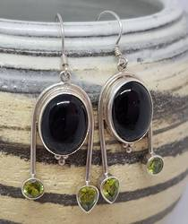 Silver black onyx earrings with peridot