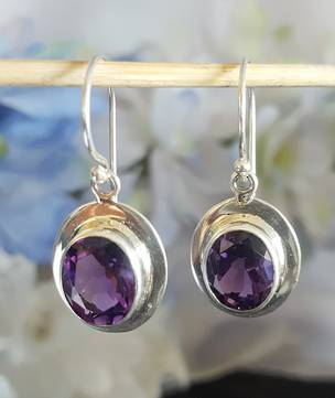 Silver Amethyst Earrings | Passion starts here