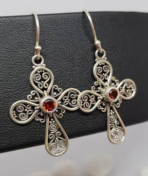Silver filigree cross earrings with garnet