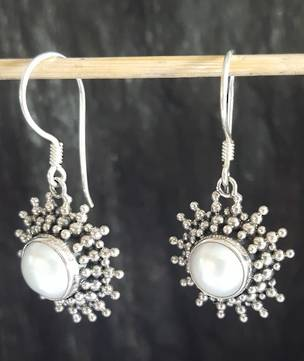 Pearl earrings - flawed, huge price reduction