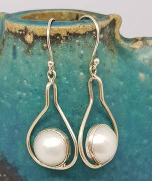 Sterling silver white pearl earrings