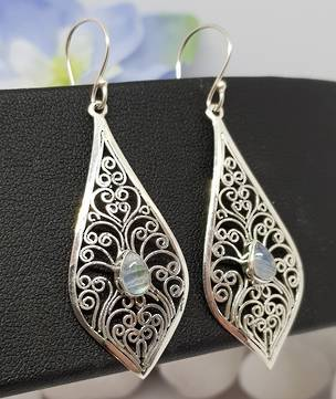 Silver filigree earrings with moonstone gemstone