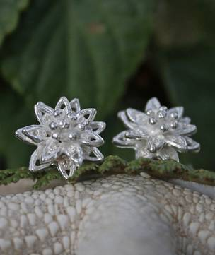 Silver star flower stud earrings