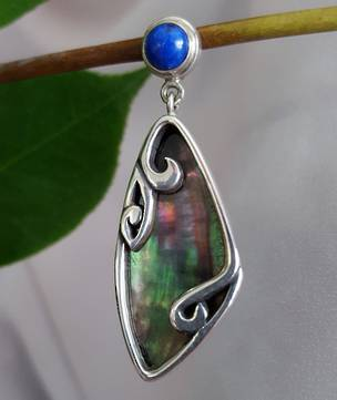 Shell pendant with lapis lazuli stone - set in silver