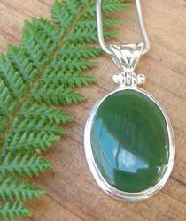 Made in NZ Silver Greenstone Pendant