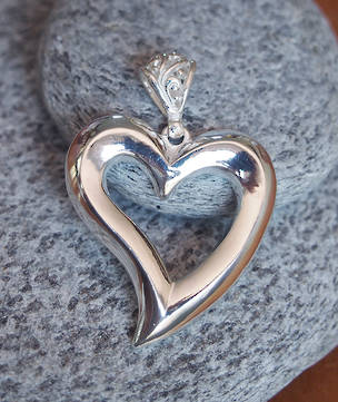 Sterling silver heart pendant - made in New Zealand