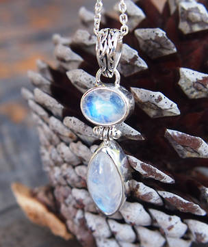 Sterling silver moonstone pendant with detailed bale