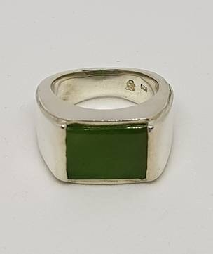 Mans signet ring, NZ Greenstone and sterling silver