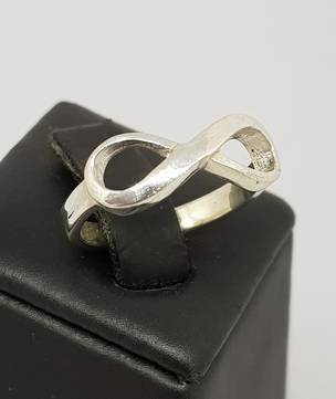 Sterling silver infinity ring band - made in NZ