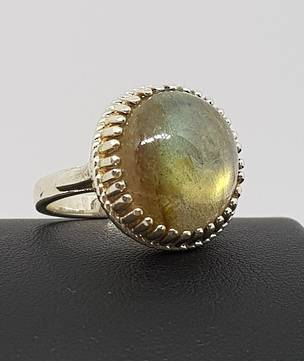 Large oval labradorite sterling silver ring