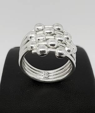 Sterling silver ring with silver spheres