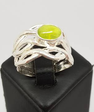 Sterling silver prehnite gemstone ring