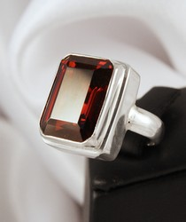RP182 sterling silver large Garnet ring