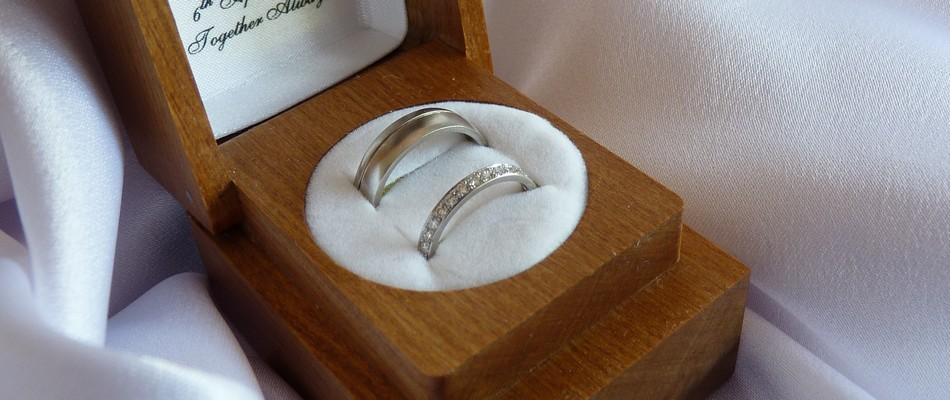 white gold rhodium plated