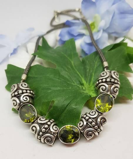 Sterling Silver Unique Peridot Colour Necklace