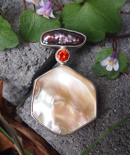 Shell and gemstone pendant