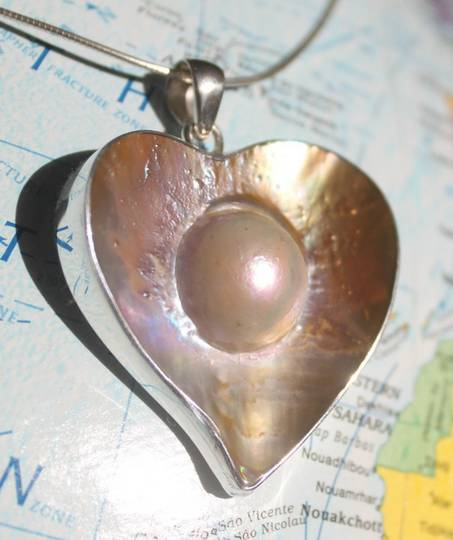 Mother of pearll heart pendant