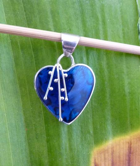 Deep blue shell silver heart pendant