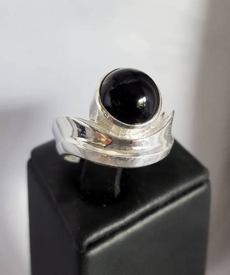 Silver black onyx ring | Made in NZ
