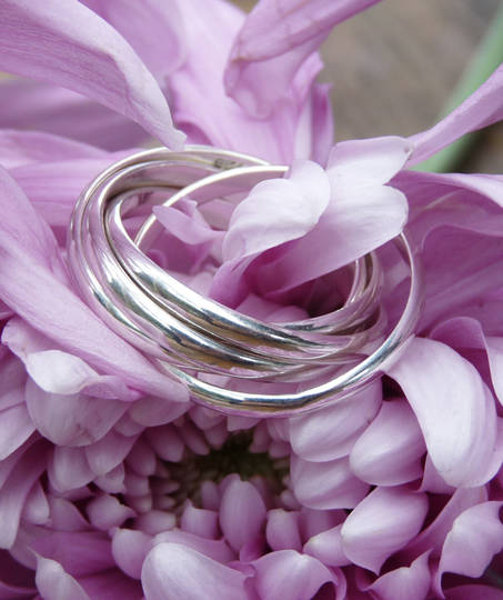 Sterling silver interlocking rings - five bands of funky fun