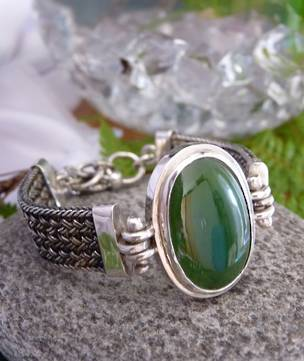 Made in New Zealand, silver greenstone bracelet