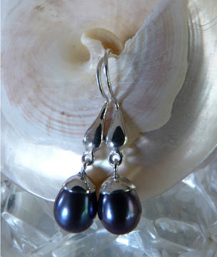 Silver blue grey pearl earrings