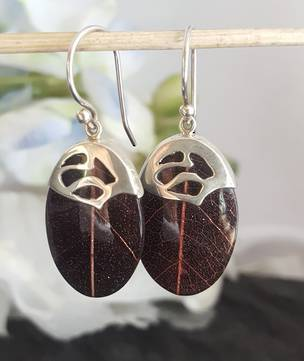 Aubergine/Purple skeleton leaf silver earrings